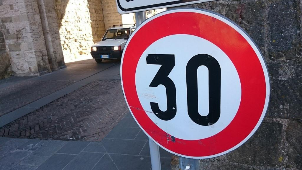 avoid a speeding ticket, lie detector test